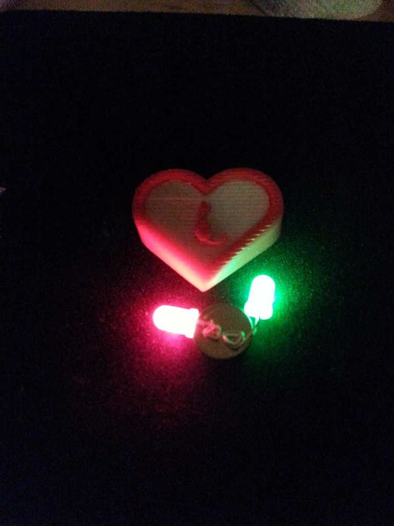 Gadgetcat Two Color Heart